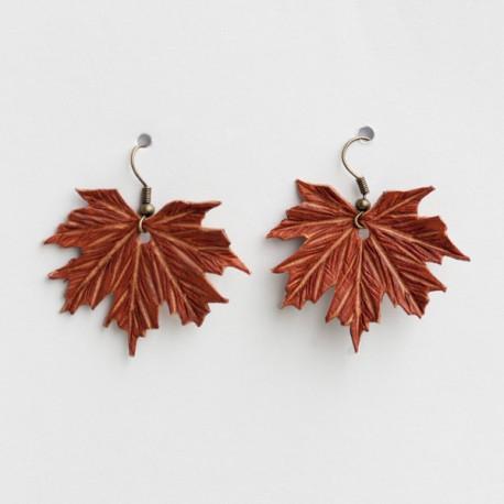 Pendientes cuero hoja Acer platanoides