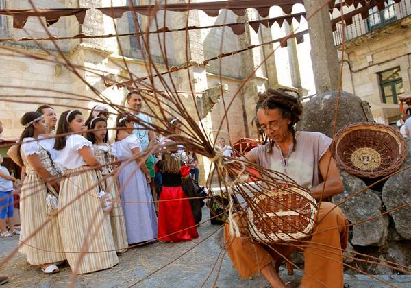 mercado medieval noia artesano